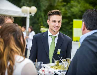 Business Catering - unser freundliches Service Personal